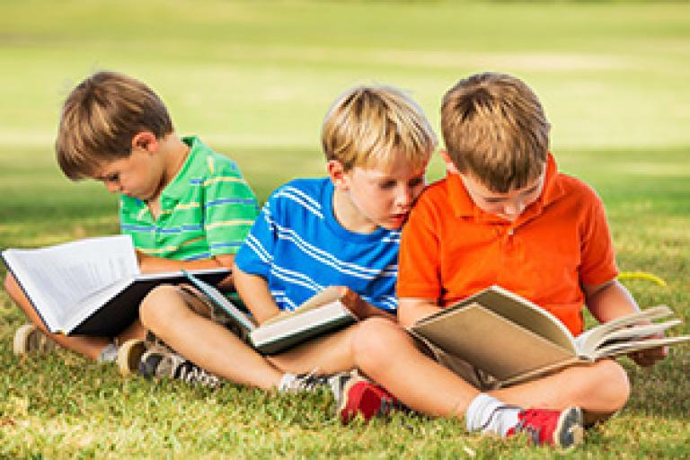 Učebnice musia zohľadniť sociálno-kultúrne prostredie | Školský portál