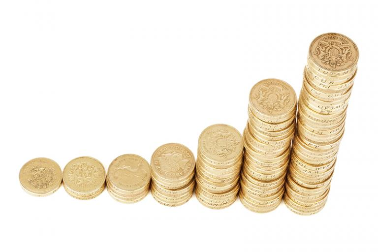 Študijné a učebné odbory zaradené v zozname budú podľa nariadenia vlády SR  tiež zohľadňovať pri rozpise peňazí v rámci normatívneho financovania na  žiaka ... a3b17e4f114